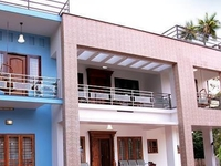 Stylish Home Thekkady Home Stay