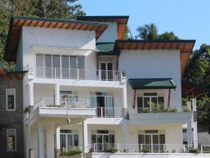 Sunlit Villa