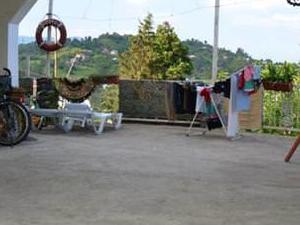TJ Hostel in Makhinjauri