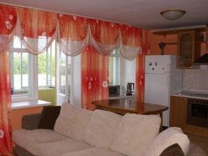 8 Floor Hostel