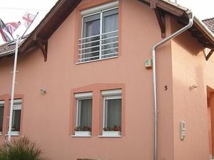 Debreczeni Laszlo's Guest House