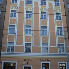 Hotel & Hostel LEON Prague
