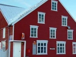 Karlsoy Brygge