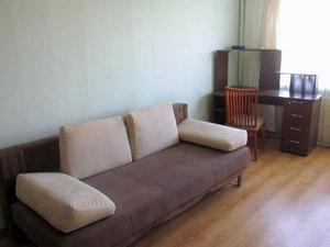 Livoberezhna Apartment
