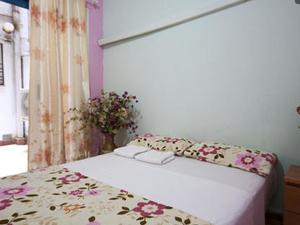 España Apartment House