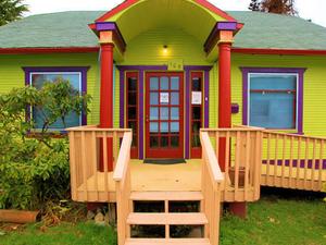 ToadLily House International Hostel