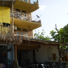 UPUL Restaurant and Rooms
