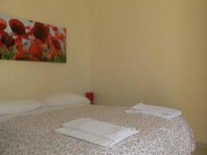 Ylenia Guesthouse