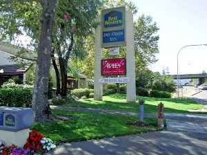 Best Western Plus Dry Creek Inn