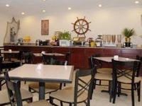Best Western Plus Lakewood Inn