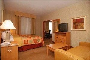 Best Western Plus Locust Grove Inn & Suites