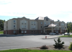 Best Western Plus New Cumberland Inn & Suites