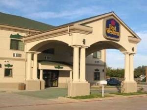 Best Western Quanah Inn And St