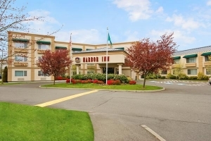 Best Western Plus Harbor Inn
