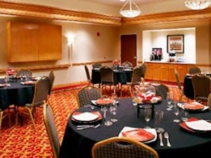 Courtyard by Marriott Akron-Stow
