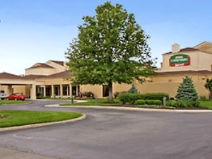 Courtyard by Marriott South Kansas City
