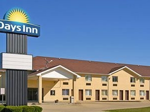 Days Inn Charleston Il
