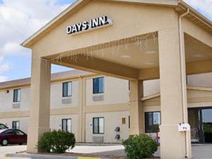 Days Inn Mcpherson Ks