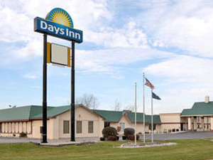Days Inn And Convention Center