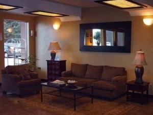 Choice Inn & Suites