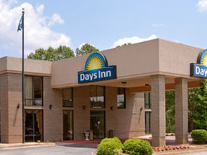 Clinton-Days Inn Interstate/Presbyterian College