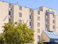 Days Hotel Minneapolis Unive