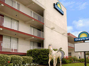 Days Inn & Suites Kill Devil Hills - Mariner