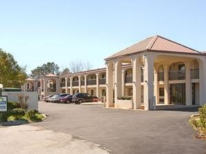 Days Inn Opelika