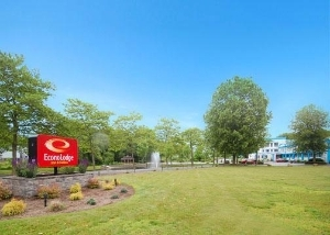 Econo Lodge Inn And Suites Ol