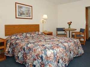 Econo Lodge Silver Dollar City Area