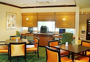 Fairfield Inn and Suites By Marriott St Charles