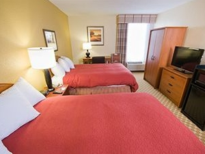Country Inn & Suites Saginaw