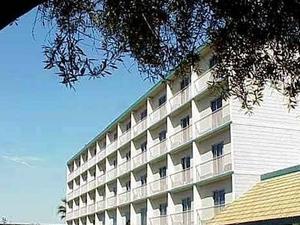 Madera Valley Inn