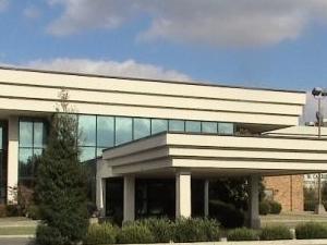Executive Inn Riverfront