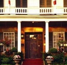The Woodlawn Inn