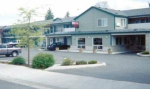 Cedars Suites At Yakima Conven