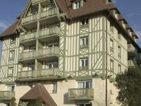Latitudes Hotel La Villa Garde
