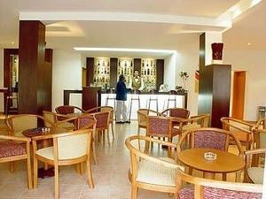 Luna Hotel Luz Bay