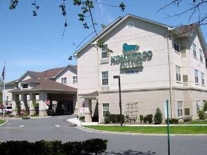Homewood Suites by Hilton Newark-Cranford