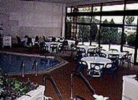 Holiday Inn I 35 Country Rd 42