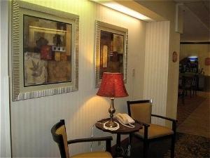 Holiday Inn Exp Rensselaer