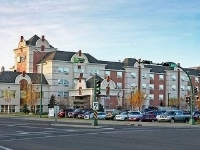 Holiday Inn Exp Hotel And Suites