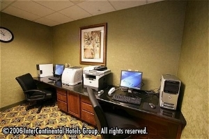 Holiday Inn Express & Suites Mcalester