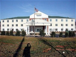 Holiday Inn Express Hotel & Suites Mebane