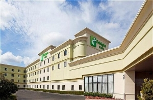 Holiday Inn & Suites Farmington Hills-Novi