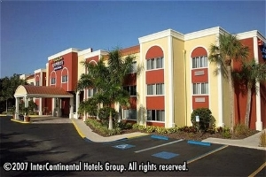 Holiday Inn Express and Suites West - Bradenton