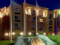 Holiday Express and Suites Riverport
