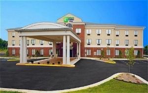 Holiday Inn Express & Suites - Thornburg, S. Fredericksburg
