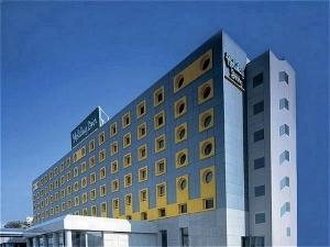 Holiday Inn Athens Attica Av. Airport West