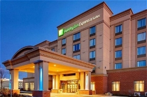 Holiday Inn Express Suites Newmarket
